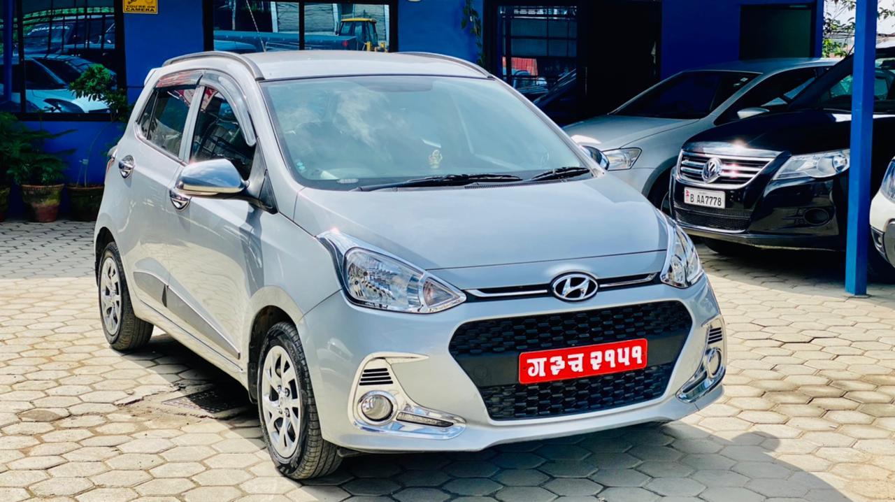 hyundai-grand-i10-sportz-2